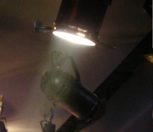 oświetlenie punktowe jest świetne do mniejszych mieszkan