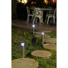 Jak dobrze oświetlić ogród?