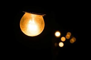 light-bulb-228989_1280