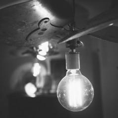O czym pamiętać wybierając oświetlenie do domu?