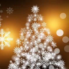 Jak oświetlić dom na święta?